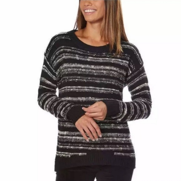 Calvin Klein Sweaters - Calvin Klein Black & White Cozy knitted Sweater I4